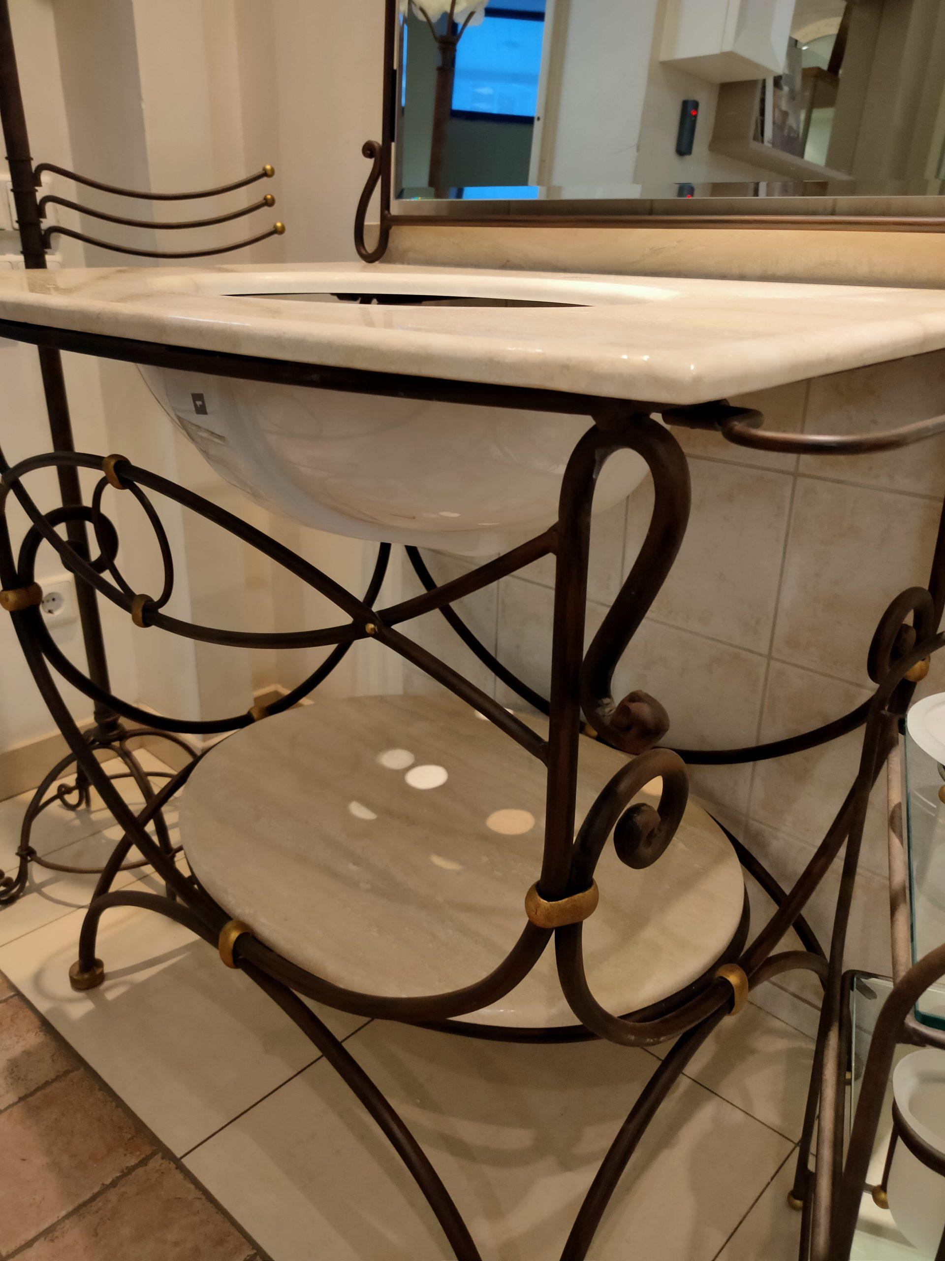 Комплект мебели фабрики VetrArte, модель Camelot